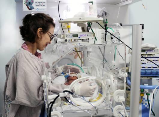 Santa Casa disponibiliza leito de UTI Neonatal para Manaus