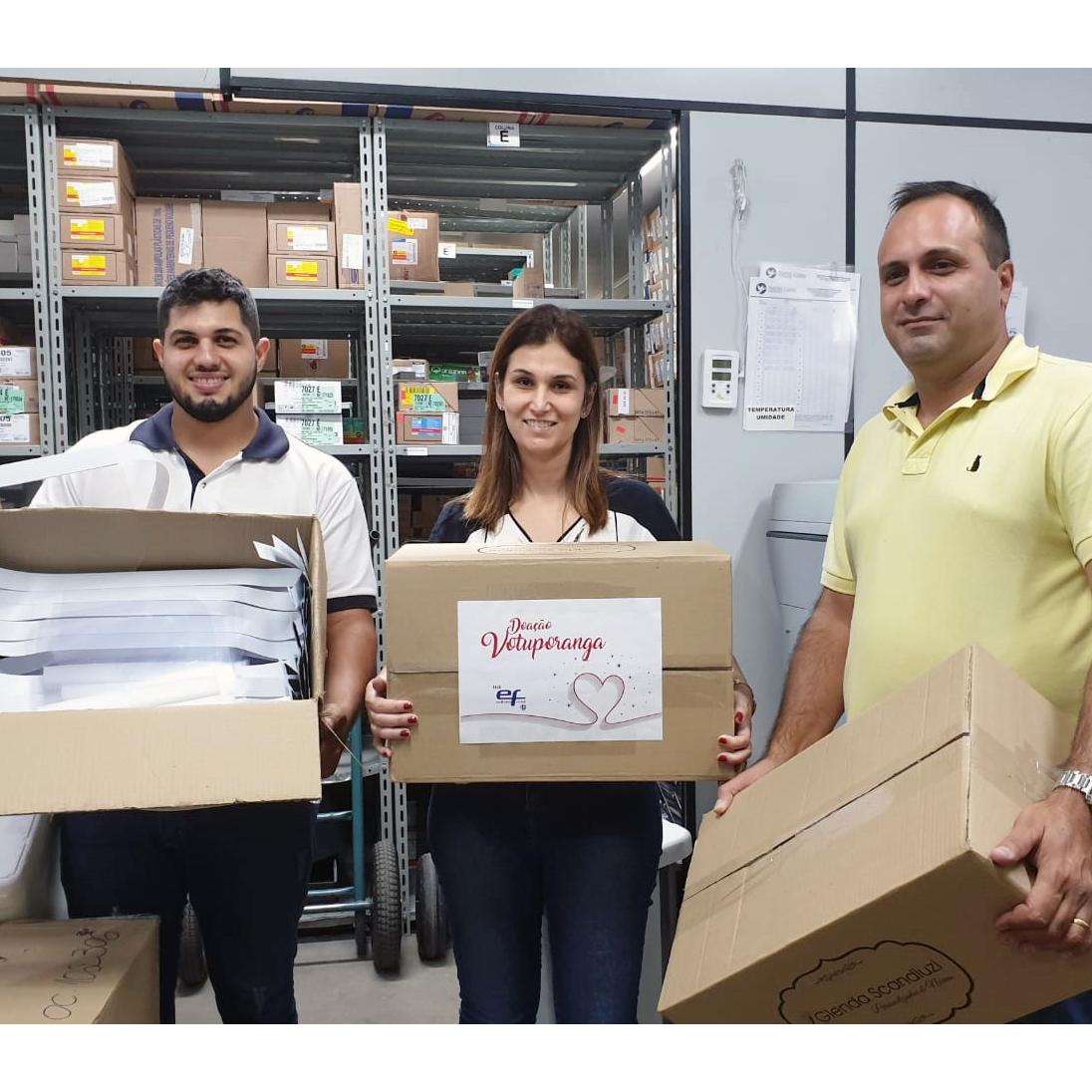 COVID-19: Ferjal faz doação de 100 protetores faciais para Santa Casa