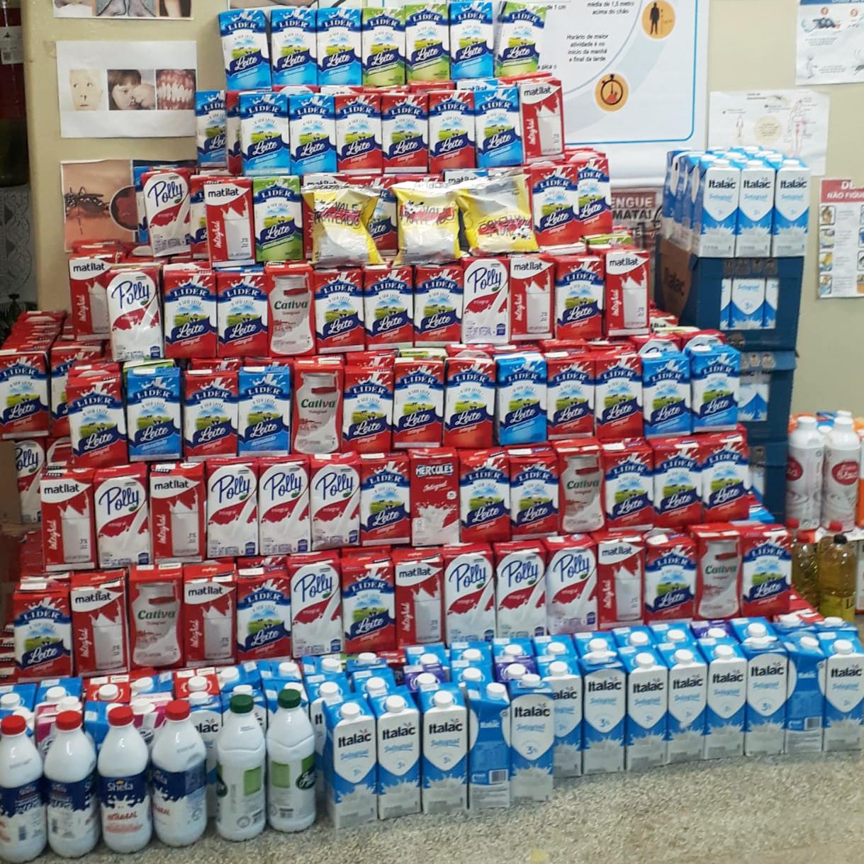 Gastão Vidigal arrecada 1.100 litros de leite