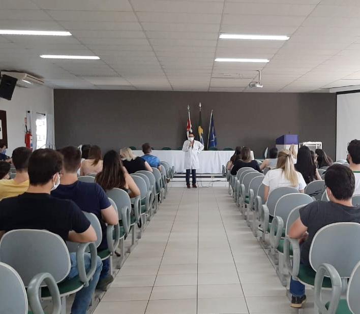 Santa Casa recebe nova turma de Internato da Unifev