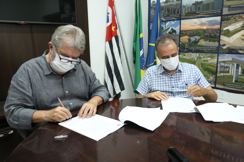 Santa Casa assina termo de fomento com Prefeitura
