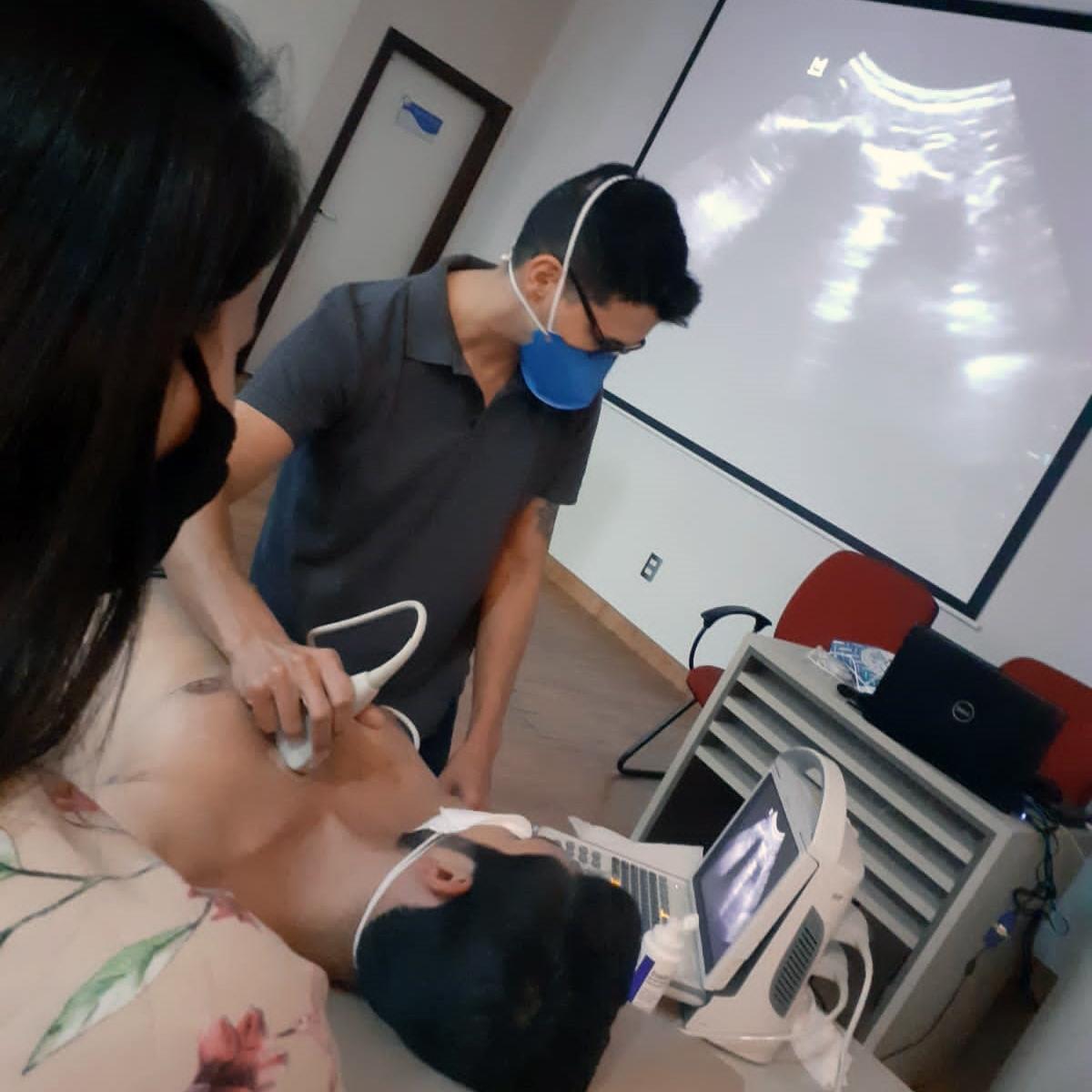 Fisioterapeuta participa de curso em Rio Claro